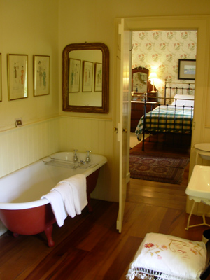 Thatched cottage adare traditional cottages ireland for Bathroom ideas ireland